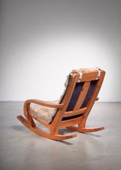 Scandinavian Modern pine rocking chair - 1989225