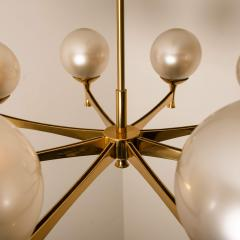 Sciolari Style Chandelier in Brass with Opaline Brass in the Style of Sciolari - 1164981