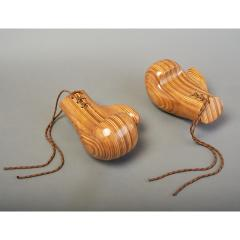 Sculptural Pair of Boxing Gloves in Polished Laminated Wood - 1276204