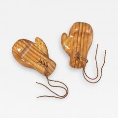 Sculptural Pair of Boxing Gloves in Polished Laminated Wood - 1277464
