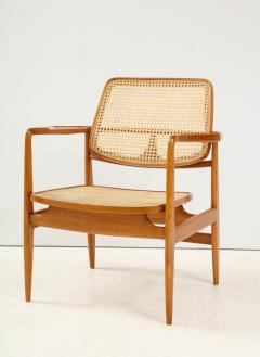 Sergio Rodrigues Set of Two Mid Century Modern Oscar Armchairs by Sergio Rodrigues Brazil 1956 - 2044675
