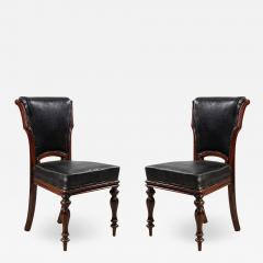 Set of 12 English William IV Style Walnut and Black Leather Dining Chairs - 1407913
