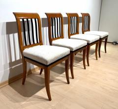 Set of 8 Neoclassical Biedermeier Chairs Walnut South Germany circa 1825 - 2124302
