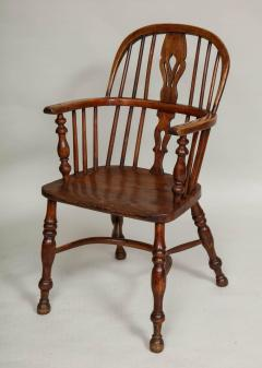 Set of Eight Windsor Chairs - 655934
