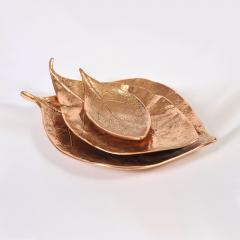 Set ot three bronze leaf bowls - 1240563