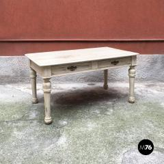 Shabby chic kitchen table 1900s - 1968564