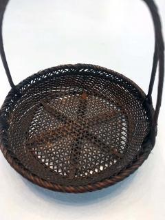 Shokosai I Hayakawa An important miniature Japanese bamboo basket by Hayakawa Shokosai I - 991511
