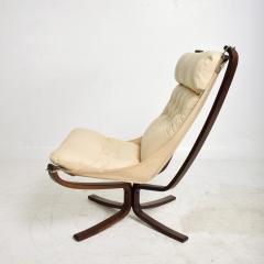 Sigurd Ressell 1970s Tall Falcon Chair Sigurd Ressell for Vatne M bler Ivory Leather NORWAY - 1589342