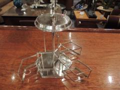 Silver and Glass Swingout Tantalus - 1418316
