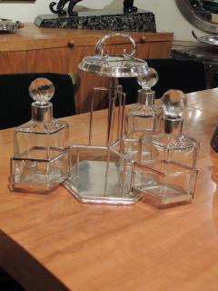 Silver and Glass Swingout Tantalus - 1418343