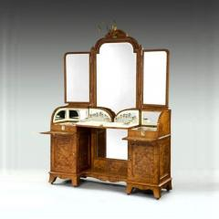 Silver fitted dressing table - 803782