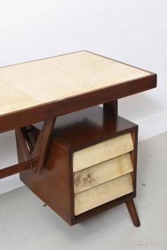 Silvio Cavatorta Italia Modern Mahogany and Parchment Desk Silvio Cavatorta - 373200