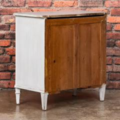Small Antique Swedish Gustavian Chest of Drawers - 955289
