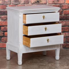 Small Antique White Painted Swedish Chest of Drawer - 934951