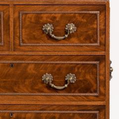 Small Fine quality Georgian style Mahogany Cabinet - 816920