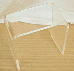 Small Lucite Waterfall Table - 1826586