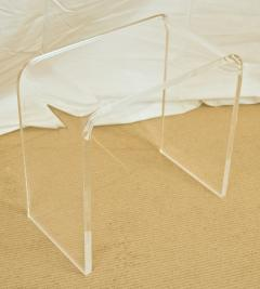 Small Lucite Waterfall Table - 1826587