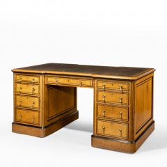 Small Victorian oak and ebony partner s desk attributed to Holland and Son - 1128322
