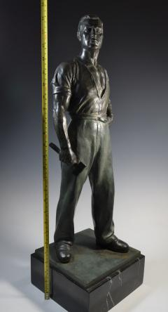 Social Realist Bronze of a Worker WPA Style  - 1392891