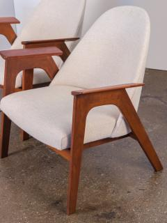 Spectacular American Walnut Armchairs - 744452