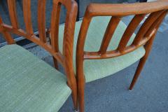 Spectacular Sculptural Set of 6 Model 83 Moller Chairs in Celery Tweed - 2093807