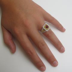 Spinel and Diamond Ring - 1108249