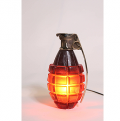 Stan Usel Pair of Sconces grenade by Stan Usel in solid bronze and red glass paste - 784959