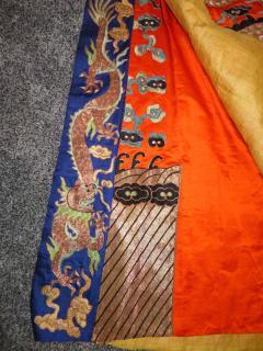 Stunning Chinese Silk Gold Thread Embroidered Dragon Kimono Robe Wall Hanging - 1550184