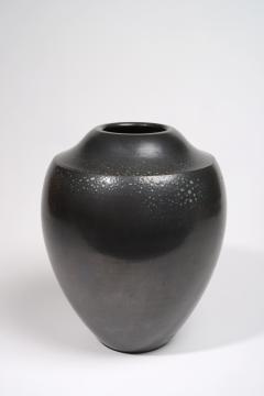 Suzanne Rami Black Vase - 295785