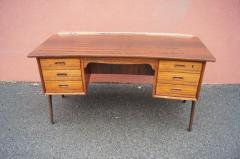 Svend Aage Madsen Rosewood Desk Model SH 180 by Svend Aage Madsen for Sigurd Hansen - 559046