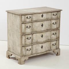 Swedish Serpentine Commode - 1582992