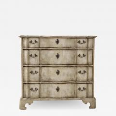 Swedish Serpentine Commode - 1584846