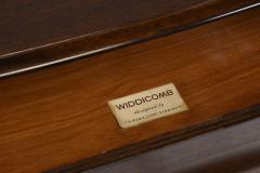 T H Robsjohn Gibbings Mid Century Modern style T H Robsjohn Gibbings for Widdicomb Chest of Drawers - 373859