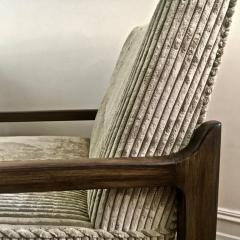 T H Robsjohn Gibbings Pair T H Robsjohn Gibbings Style Hand Grained Walnut Lounge Chairs - 1760608
