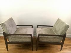 T H Robsjohn Gibbings Pair T H Robsjohn Gibbings Style Hand Grained Walnut Lounge Chairs - 1760610