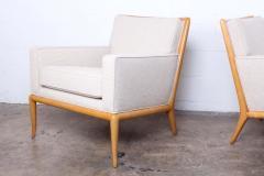 T H Robsjohn Gibbings Pair of Lounge Chairs by T H Robsjohn Gibbings - 2127896