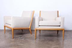 T H Robsjohn Gibbings Pair of Lounge Chairs by T H Robsjohn Gibbings - 2127906