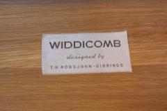 T H Robsjohn Gibbings Pair of T H Robsjohn Gibbings Walnut and Brass Nightstands - 537165