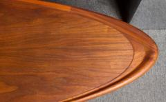 T H Robsjohn Gibbings Rare and Unusual Surfboard Walnut Coffee Table by T H Robsjohn Gibbings - 342942