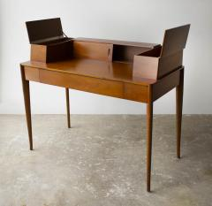 T H Robsjohn Gibbings T H Robsjohn Gibbings Desk for Widdicomb in Mahogany with Sabre Legs 1950s - 1910056