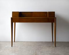 T H Robsjohn Gibbings T H Robsjohn Gibbings Desk for Widdicomb in Mahogany with Sabre Legs 1950s - 1910060