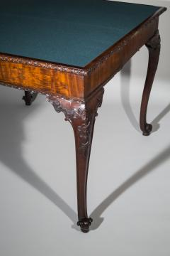 Thomas Chippendale 18th Century Chippendale Pier Table or Games Table - 962321