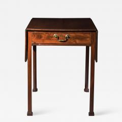 Thomas Chippendale Georgian Chippendale Drop Leaf Table - 1215309
