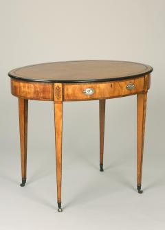 Thomas Sheraton Antique 18th Century Pure English Sheraton Period Oval Writing Center Table - 1191824
