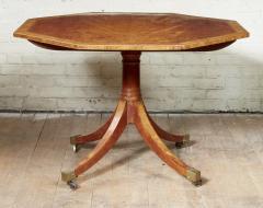 Thomas Sheraton Georgian Octagonal Satinwood Center Table - 1957911