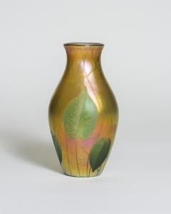 Tiffany Studios Favrile Glass Vase with Wheel Carved Leaves and Vines - 1226406