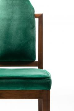 Tommi Parzinger Set of 8 Tommi Parzinger Style Dining Chairs in Green Velvet with Walnut Frames - 2101320