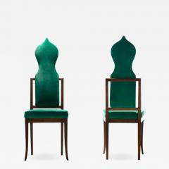 Tommi Parzinger Set of 8 Tommi Parzinger Style Dining Chairs in Green Velvet with Walnut Frames - 2106074