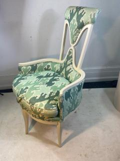Tommi Parzinger UNUSUAL HOLLYWOOD REGENCY CHAIR IN THE MANNER OF TOMMI PARZINGER - 1851494