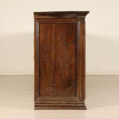 Tuscan Four Door Walnut credenza Circa 1640 - 905893